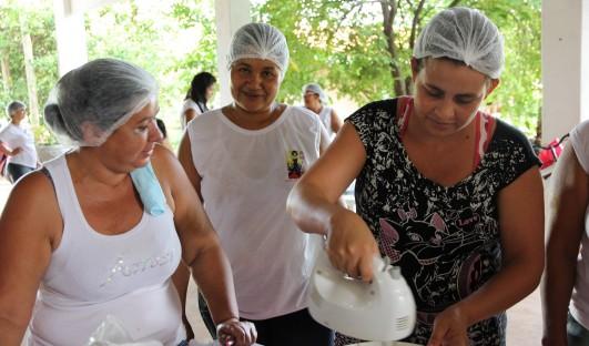 BrazilFoundation Amina Mulheres na Ativa Anastacio Mato Grosso do Sul Violencia doméstica Domestic violence homemade sweets doces caseiros ONG