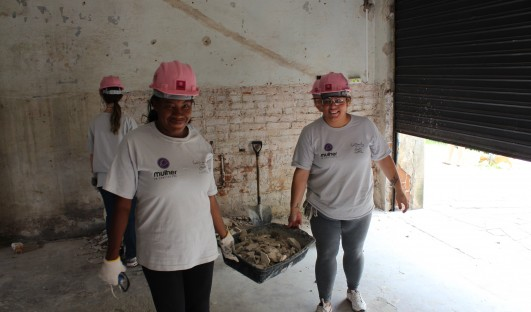 BrazilFoundation Women for Women Mulher em Construção Porto Alegre Contrução Civil Obras ONG Construction work