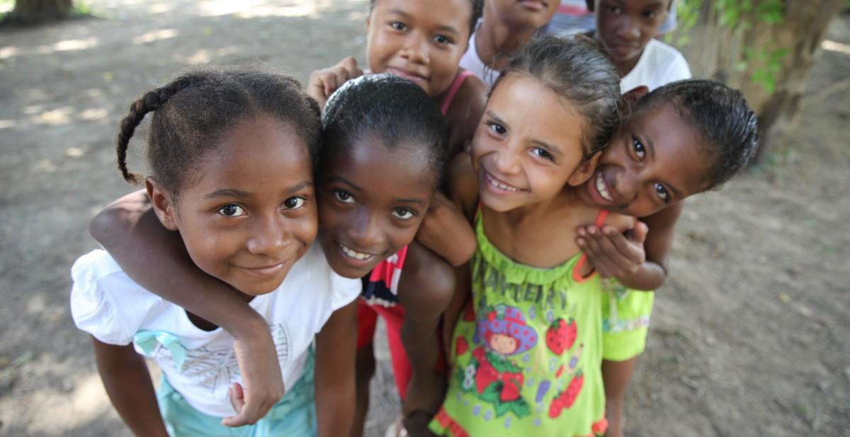 BrazilFoundation Vaga Lume Livros Artesanais Quilombola Amazonas ONG Projeto Social Social Project