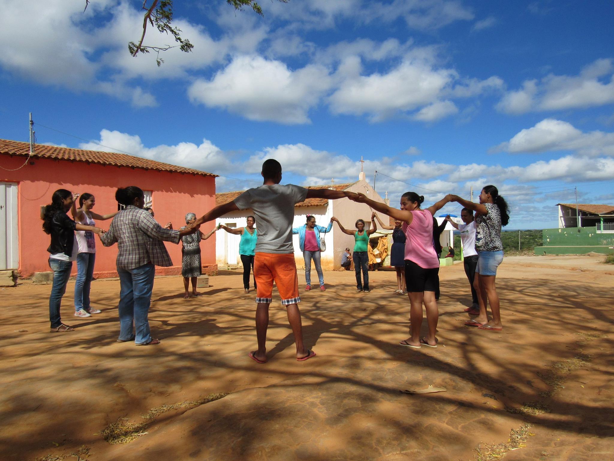 Esperança na Coletividade BrazilFoundation Outra Parada Prêmio de Inovação Comunitária 2016