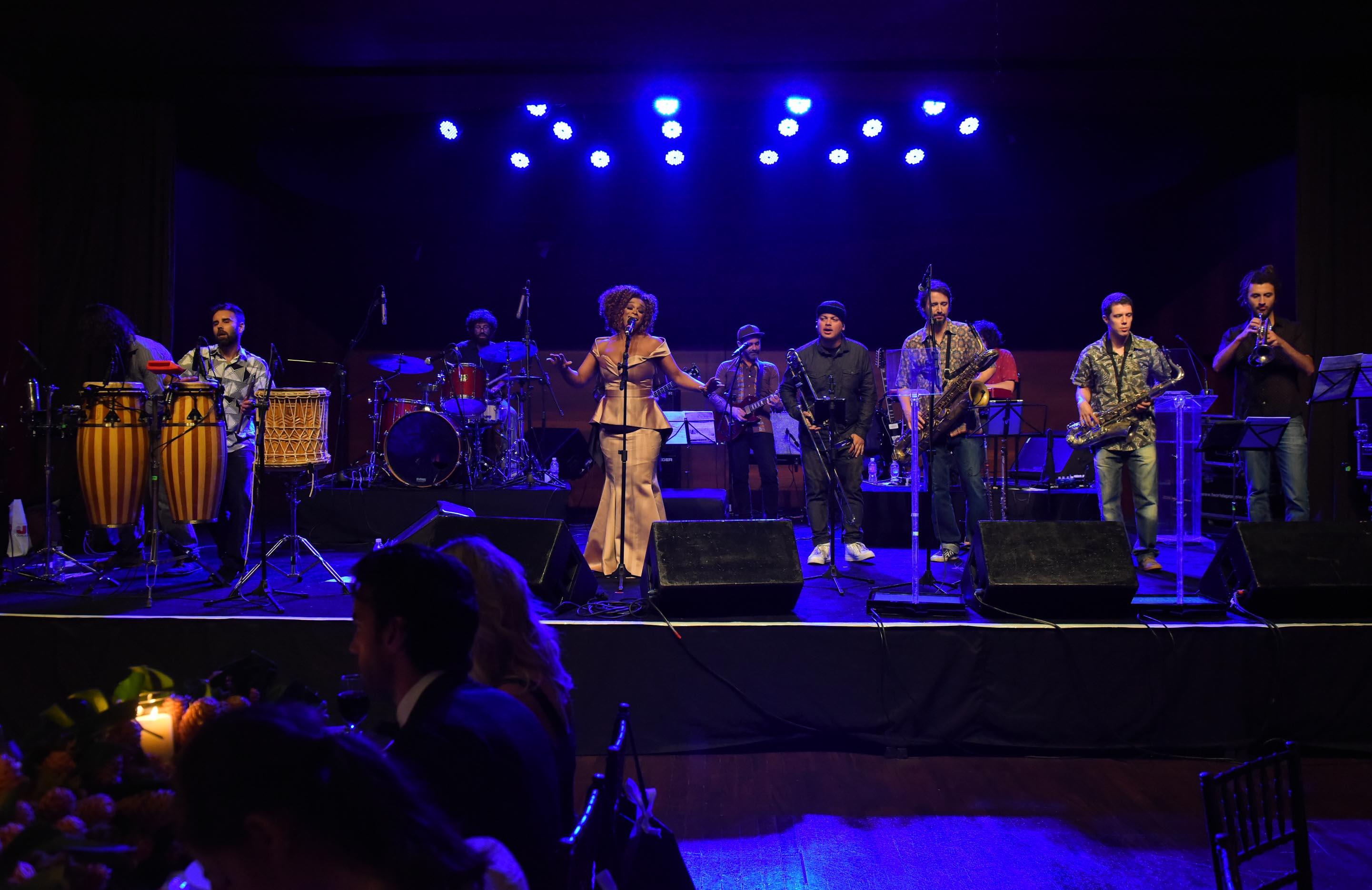 III BrazilFoundation Gala São Paulo Paula Lima e Bixiga 70