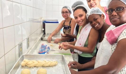BrazilFoundation Trabalho em equipe Team work ONG Cozinha