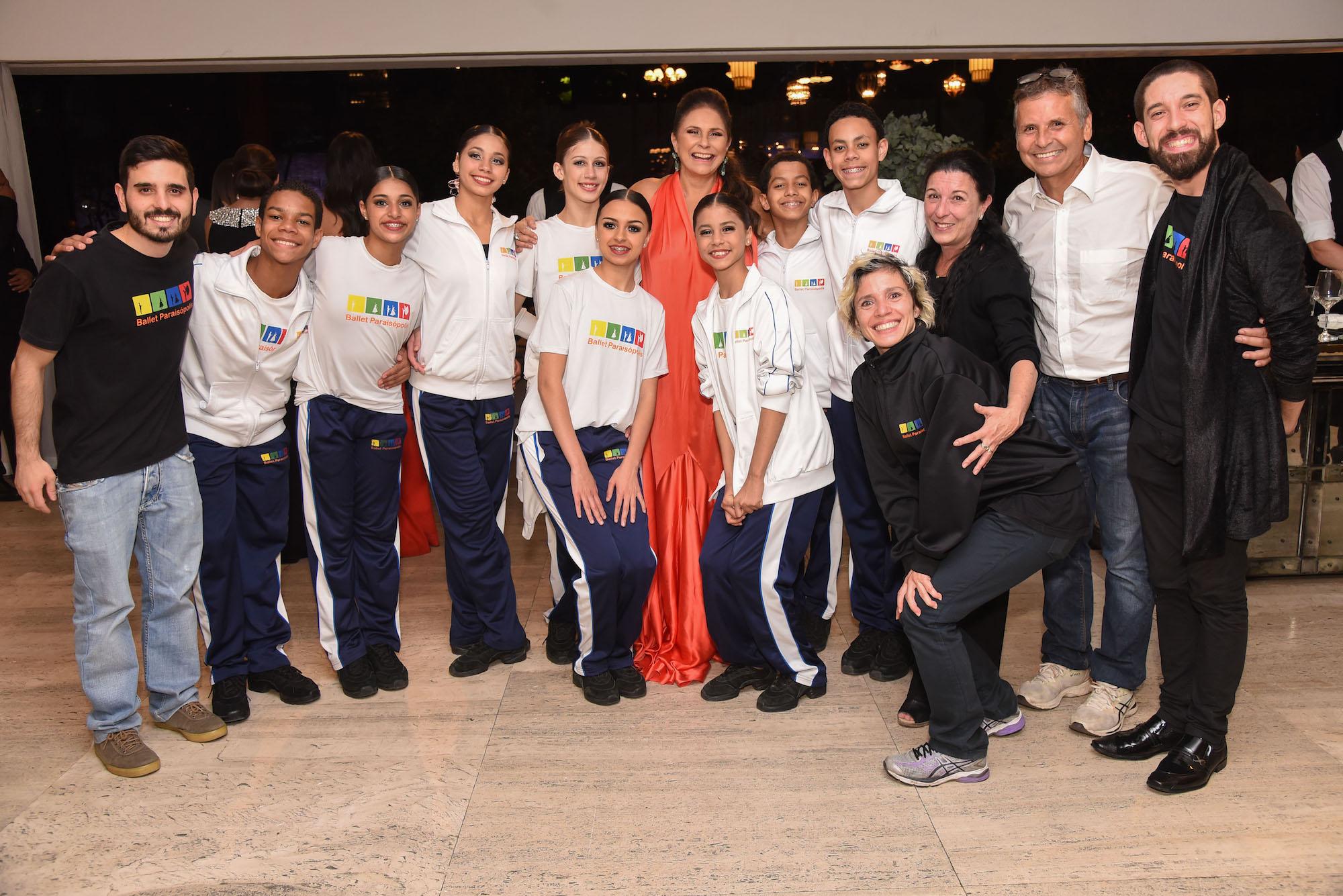 Fafá de Belem com Ballet Paraísopolis V BrazilFoundation Gala São Paulo Chanel 2018 Filantropia Brasil Philanthropy Brazil