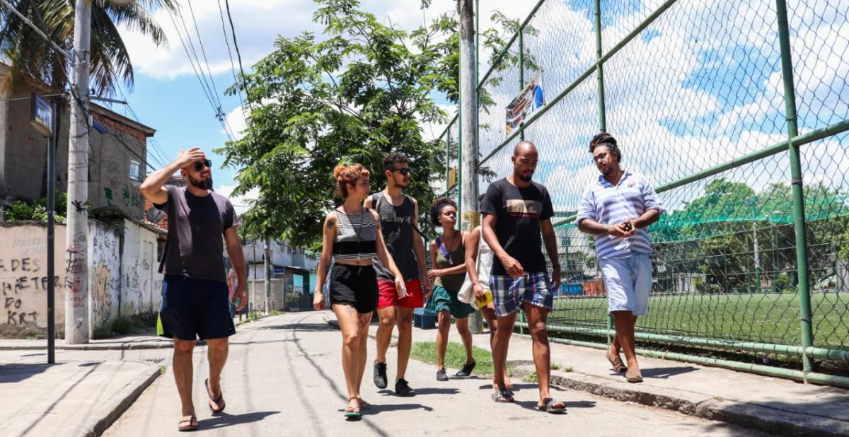 periferia favela São Paulo Rio de Janeiro Marginal Embarque no Direito Cidade de Deus Rocinha